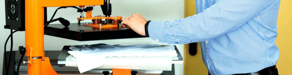 Koszulki z nadrukiem. Znakowanie odzieży personalizowanej dla firm. Wysokiej jakości hafty i nadruki.